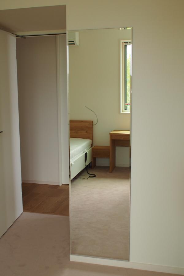 1Fbedroom-7