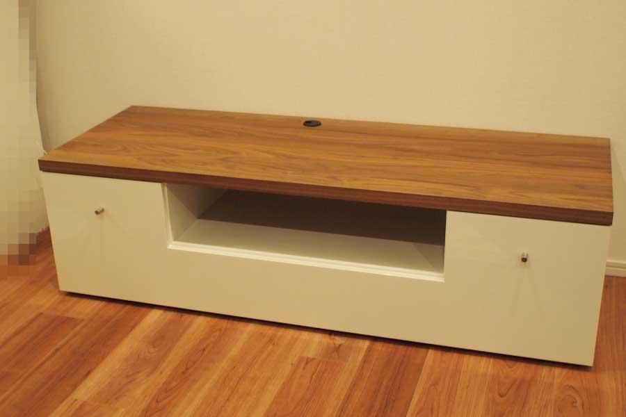 w140cm tv. Black Bedroom Furniture Sets. Home Design Ideas