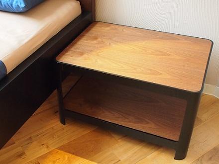 SORAHE ベッドサイドテーブル