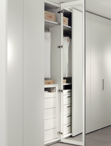 wardrobe-mirror-door-inside