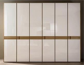 ヒュルスタ ワードローブホワイトドア