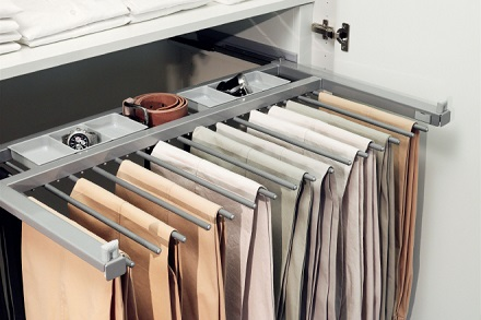 wardrobe_option_trouserholder