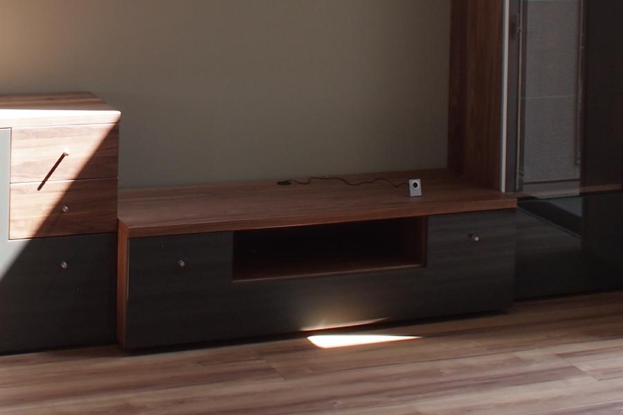 nowtime tv rhino creation. Black Bedroom Furniture Sets. Home Design Ideas